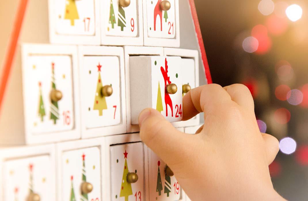 Advento kalendoriai su žaisliukais. Advento kalendoriai vaikams